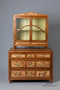 Commode - 1800